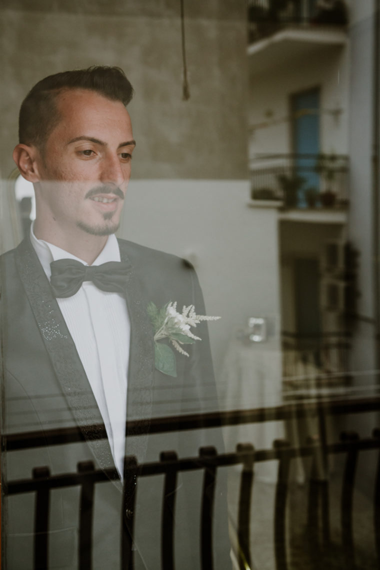 vMatrimonio in spiaggia a Gaeta, ristorante Giardino di Serapo - Paola Simonelli fotografa - Stefania e Giovanni sposi