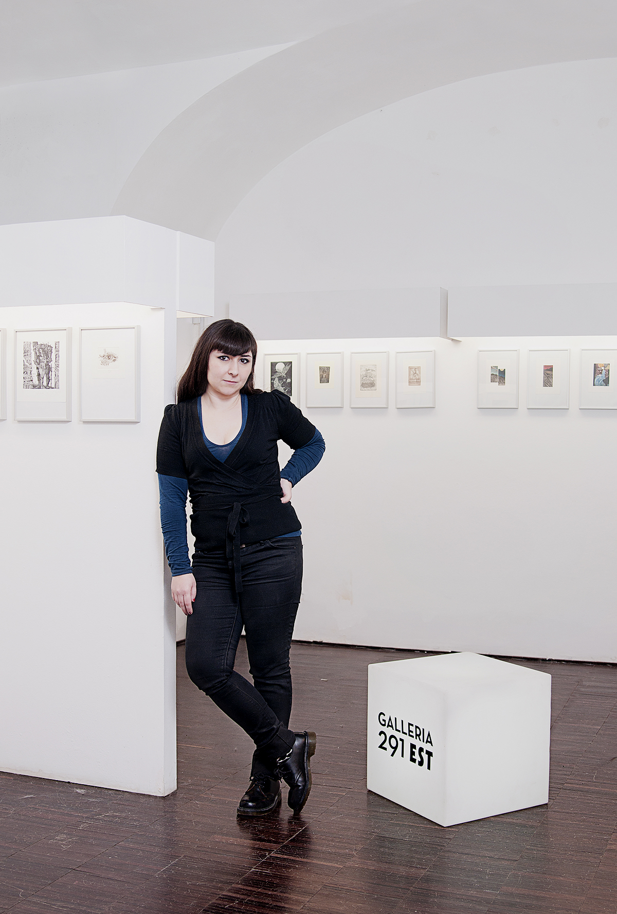 ritratto-portrait-paola-simonelli-Vania-Caruso-Gallery-Manager