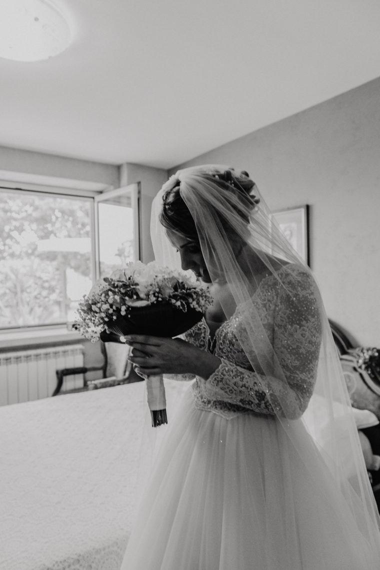 Matrimonio in chiesa a Fondi - Matrimonio a Kora park a Formia - Matrimonio romantico - Paola Simonelli fotografa di Matrimonio - Alessandra e Alexandro
