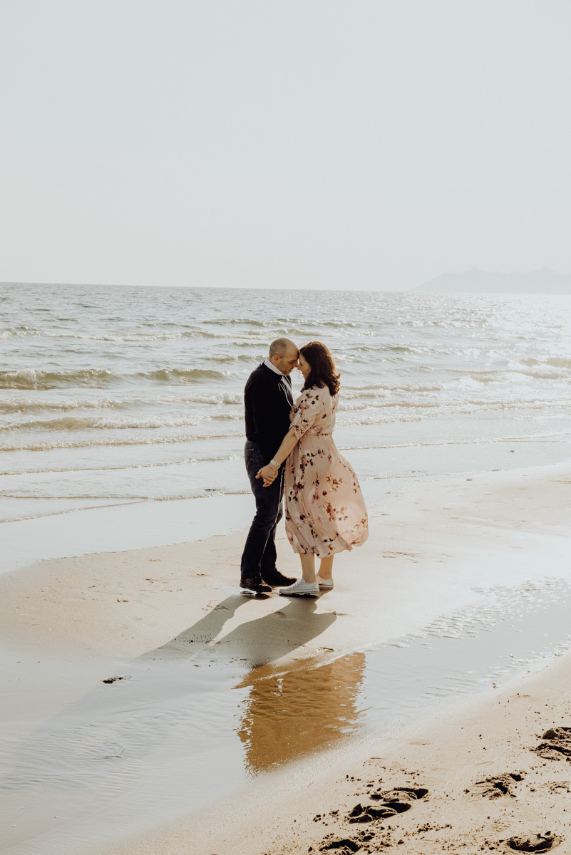 servizi fotografici di coppia al mare - engagement session in italy - paola simonelli fotografa di matrimonio - paolo e assunta
