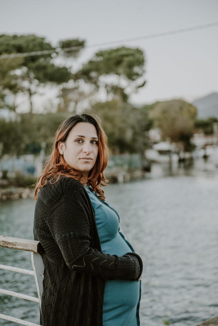 Servizio fotografico premaman - Foto di pancione - gravidanza - Paola Simonelli fotografa di matrimonio - Giovanna Francesco e Vittoria