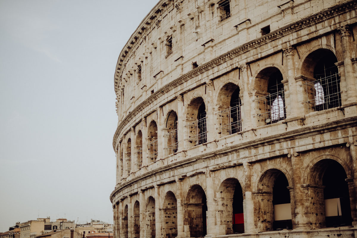 Le migliori location per un engagement session a Roma - servizio fotografico roma - servizio fotografico colosseo - trastevere - castel santangelo - servizio prematrimoniale a roma - sessione fotografica di coppia