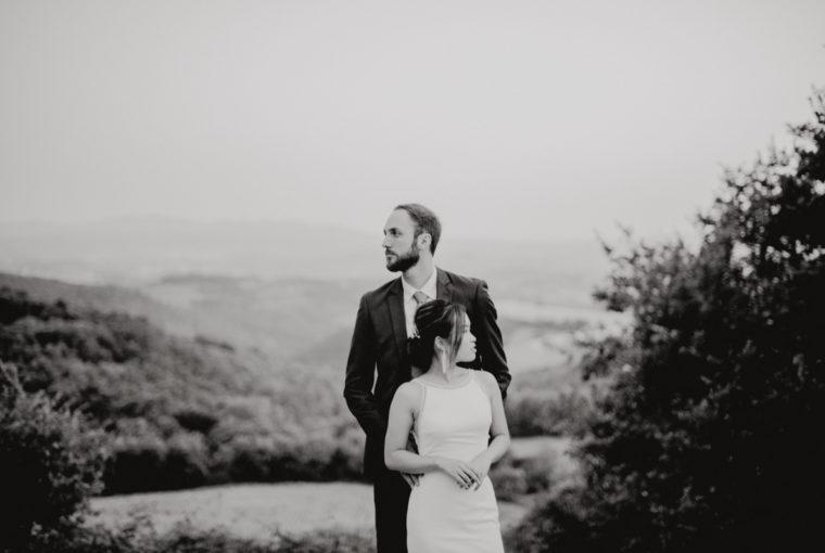 wedding in umbria - italian wedding - italian weddin photographer - sposarsi in umbria - matrimonio in cascina - rito civile all'aperto - nozze in collina - matrimonio a Todi - wedding video in umbria