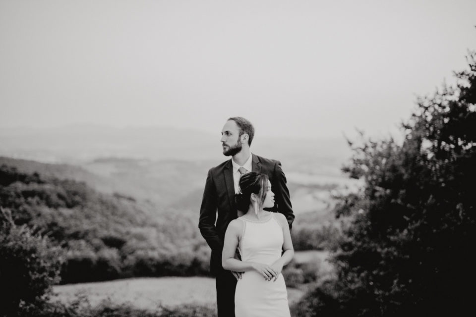 wedding in umbria - italian wedding - italian weddin photographer - sposarsi in umbria - matrimonio in cascina - rito civile all'aperto - nozze in collina - matrimonio a Todi - wedding video in umbria